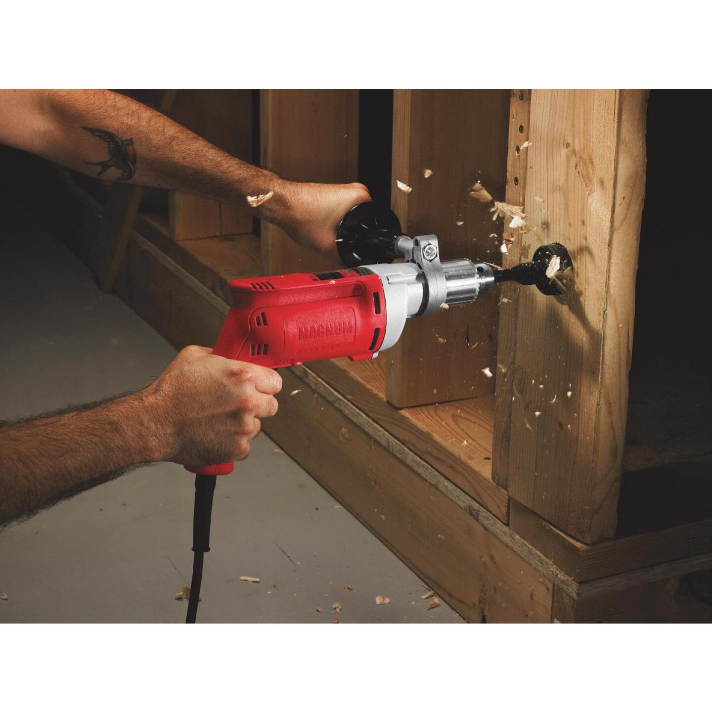 Milwaukee Magnum 1/2 In. 8-Amp Keyed Electric Drill with Textured Grip Image 2