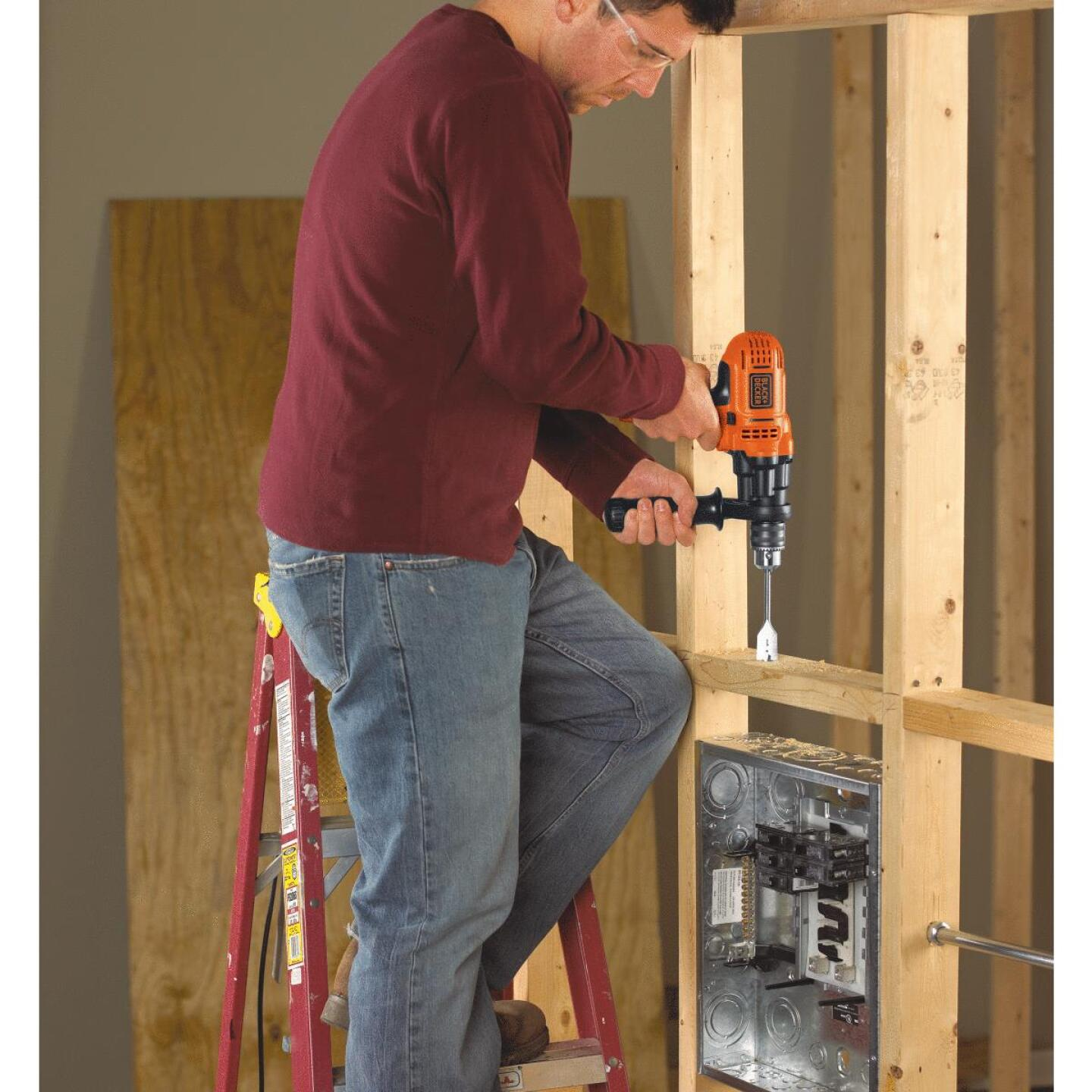 Black & Decker 1/2 In. 7-Amp Keyed Electric Drill/Driver Image 4